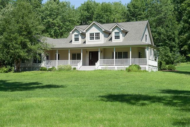 Thumbnail Property for sale in 1352 Route 376 Wappingers Falls, Wappinger, New York, 12590, United States Of America