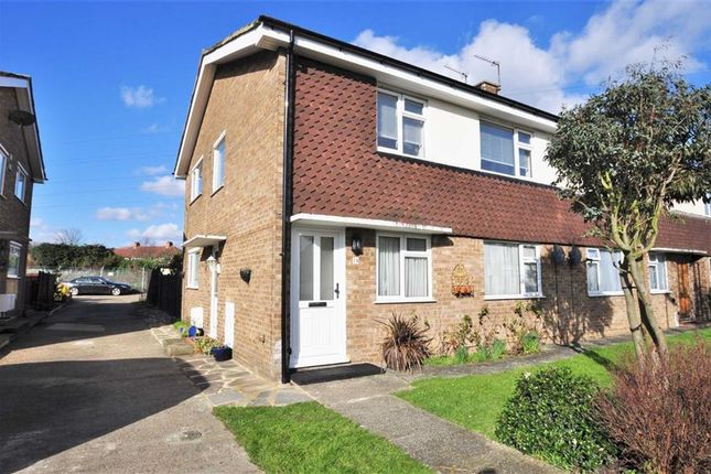 Thumbnail Maisonette to rent in Millbrook Avenue, Welling, Kent