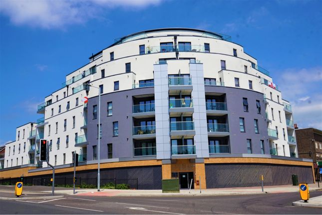 Thumbnail Flat for sale in 1 The Broadway, Loughton