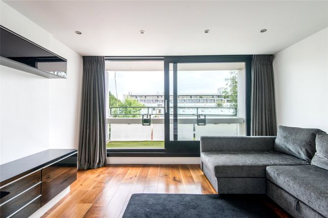 Thumbnail Flat for sale in Bowmore Walk, St Paul's Crescent