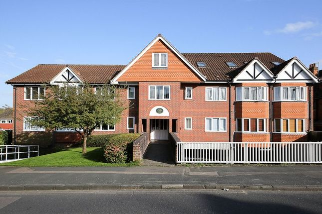 Thumbnail Flat for sale in Upper Grosvenor Road, Tunbridge Wells