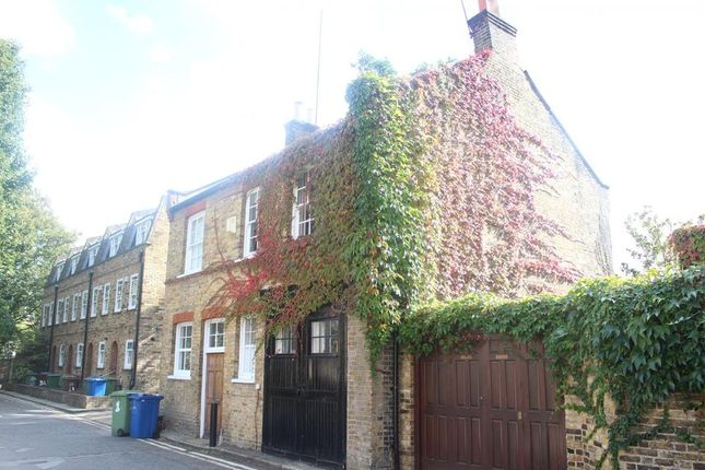 Thumbnail Semi-detached house to rent in Graces Mews, London