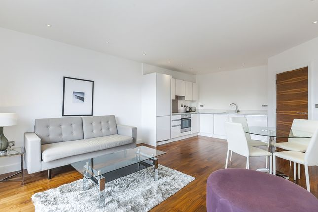 1 bed flat to rent in Norman Road, London