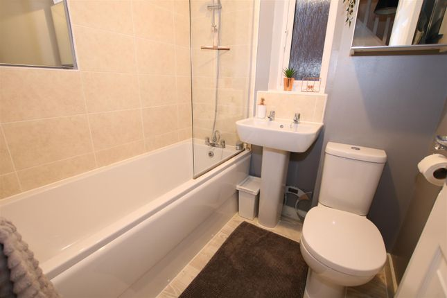 Bathroom of Mulberry Road, Cranbrook, Exeter EX5