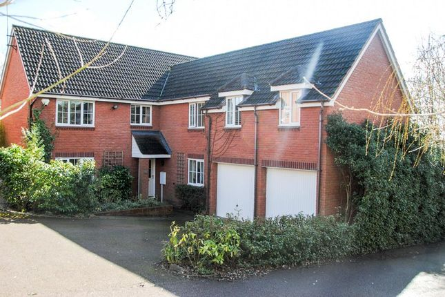 Thumbnail Detached house for sale in Arlescote Close, Hatton Park, Warwick
