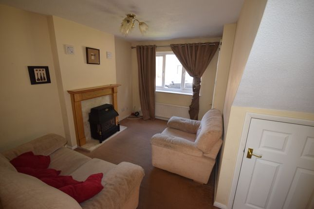 Thumbnail Semi-detached house to rent in Orchard Way, Rotherham