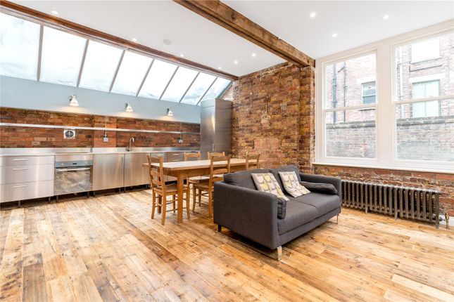 Thumbnail Mews house to rent in Temple Yard, London