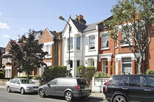 Flats to let in hanson close london sw12 apartments to rent in thumbnail flat to rent in alderbrook road london malvernweather Gallery