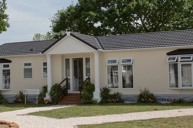 Thumbnail Bungalow for sale in Oakleigh Park Homes, Clacton Road, Weeley, Clacton On Sea, Essex