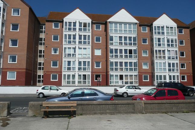 Thumbnail Flat to rent in Stratheden Court, The Esplanade, Seaford