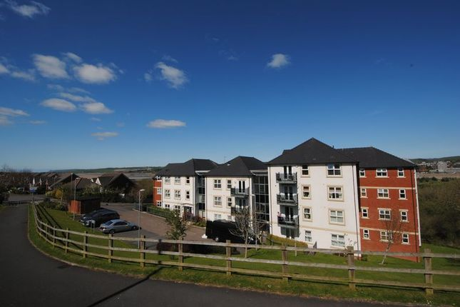 Thumbnail Flat to rent in 2 Bedroom First Floor Flat, Cleave Road, Sticklepath, Barnstaple