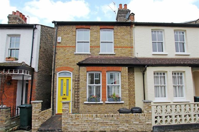 3 bed property for sale in Sherland Road, Twickenham