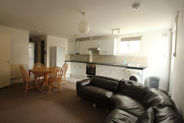 Thumbnail Maisonette to rent in Hollingdean Terrace, Brighton, East Sussex