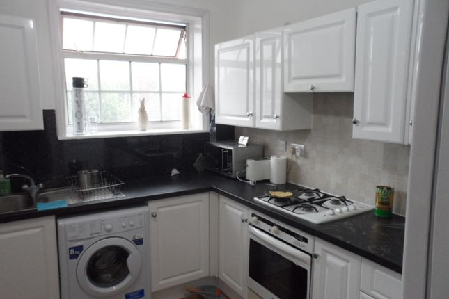 Thumbnail Flat to rent in North Hyde Road, Hayes