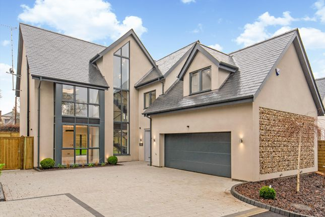 Thumbnail Detached house for sale in Kingshill Way, Berkhamsted