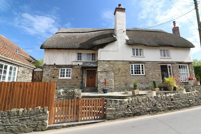 Thumbnail Cottage for sale in Hobbs Hill, Croyde, Braunton