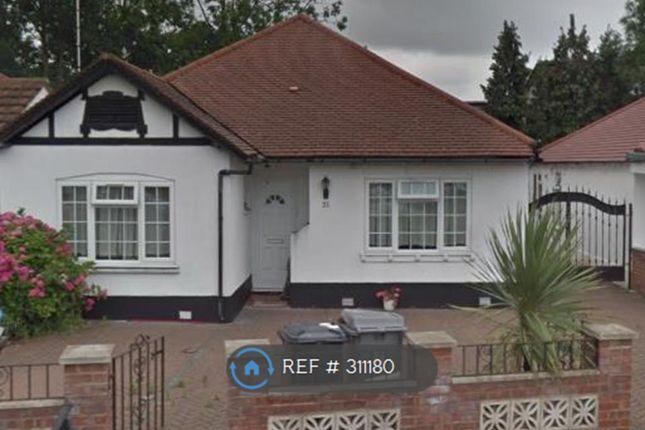 Thumbnail Bungalow to rent in Beechcroft Gardens, Wembley