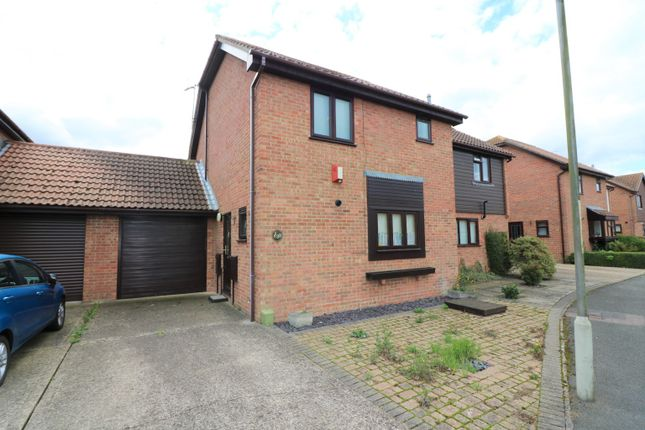 Thumbnail Semi-detached house for sale in Fordwich Place, Sandwich