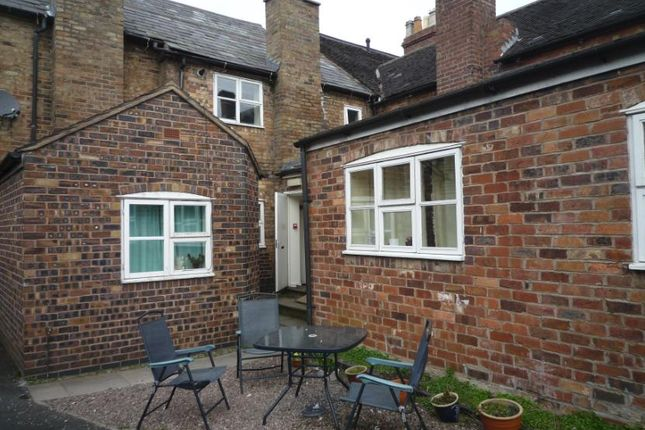 Thumbnail Shared accommodation to rent in High Street, Madeley