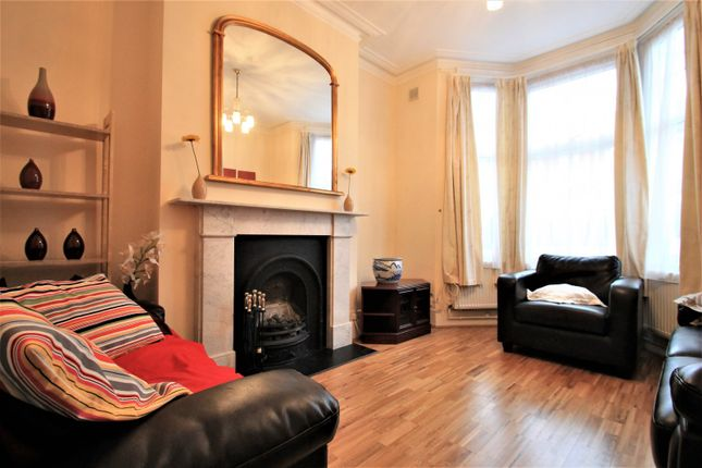 Thumbnail Property to rent in Harberson Road, Balham