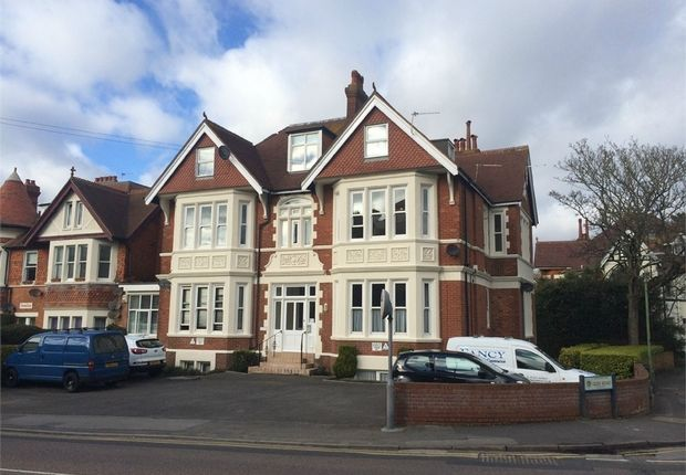 2 bed flat to rent in Percy Road, Boscombe, Bournemouth