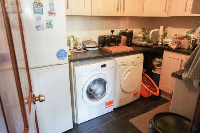 Utility Room of Roundhill Road, Leicester LE5