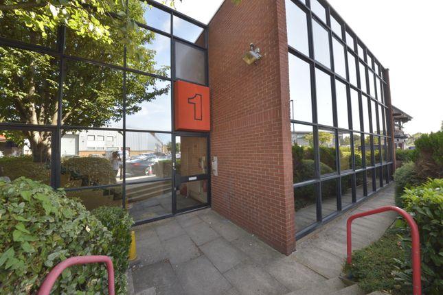 Thumbnail Warehouse to let in Park Royal, London