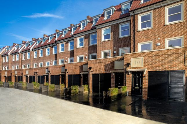 Thumbnail End terrace house for sale in Whetstone Square, High Road, Whetstone