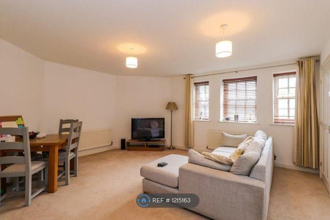 1 bed flat to rent in Tuke Grove, Wakefield WF1