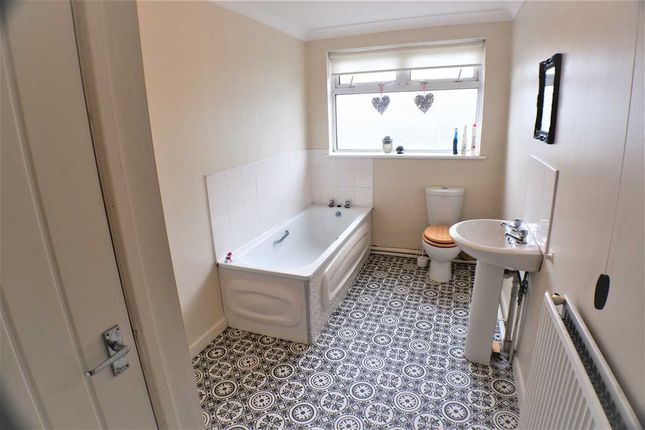 Bathroom of Ynyscynon Road, Tonypandy CF40