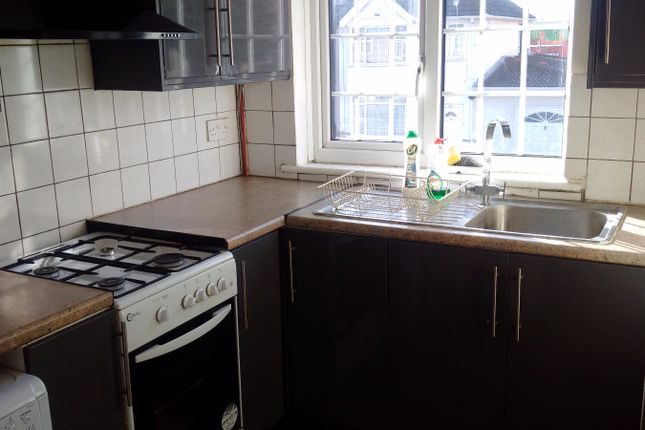 Thumbnail Terraced house to rent in Keith Road, Hayes
