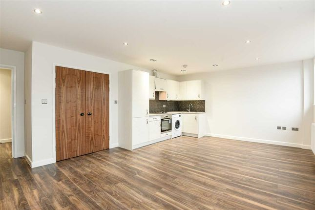 Thumbnail Flat to rent in Kotecha Heights, Progress Road, High Wycombe