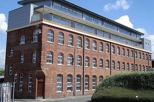 Thumbnail Flat to rent in Windsor Works, Hall Street, Oldham