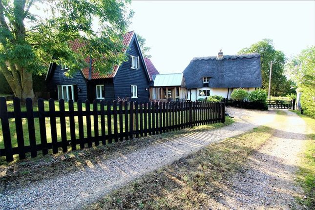 Thumbnail Cottage for sale in Warden Road, Ickwell, Bedfordshire