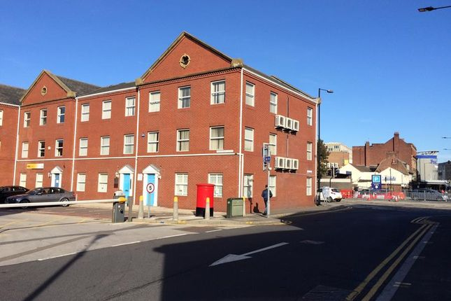 Office to let in Trafford Court, Doncaster, 1Pn
