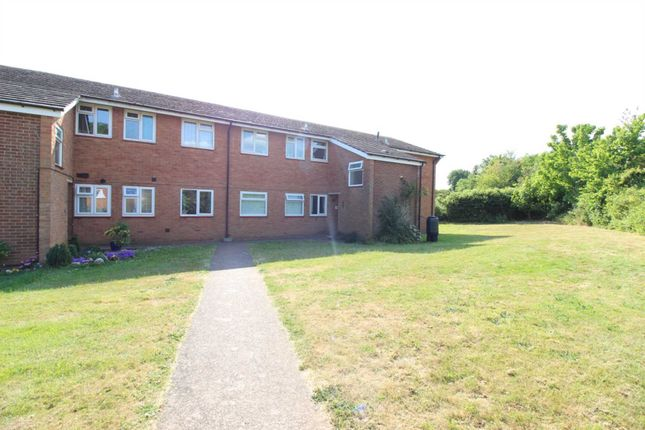 Thumbnail Flat to rent in Hulham Road, Exmouth