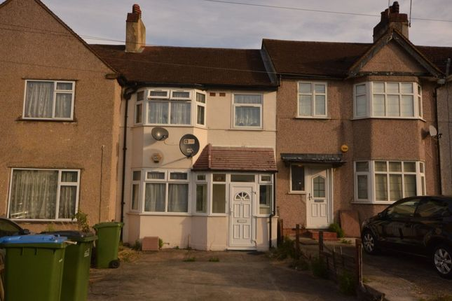 Thumbnail Property to rent in Rutherglen Road, London