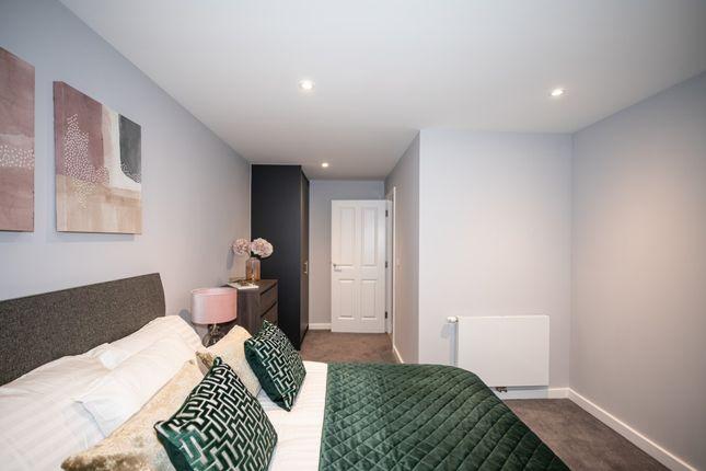 Thumbnail Flat to rent in Queensway, Stevenage