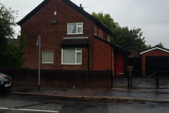 Thumbnail Shared accommodation to rent in Fleet Lane, St Helens