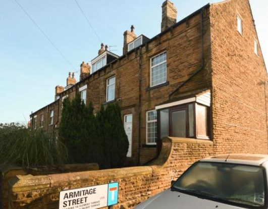 Thumbnail Terraced house to rent in Carlton Lane, Rothwell, Leeds