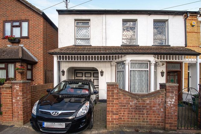 Thumbnail Semi-detached house for sale in Hawthorn Road, Bexleyheath