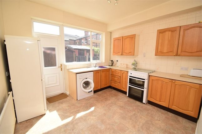 2 bed terraced house to rent in Charles Street, Hillgate, Stockport, Cheshire