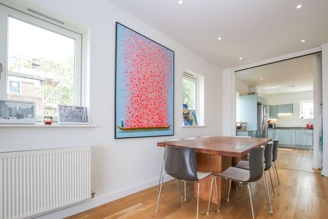Dining Area of 100 Lavender Hill, Battersea SW11