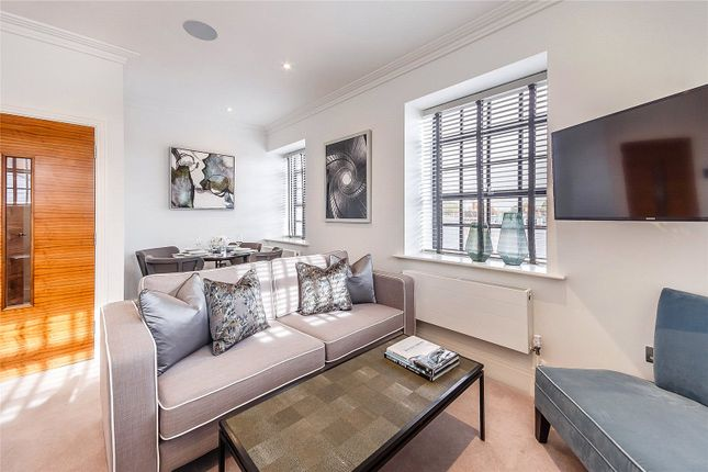 Thumbnail Mews house to rent in Palace Wharf, Rainville Road, London