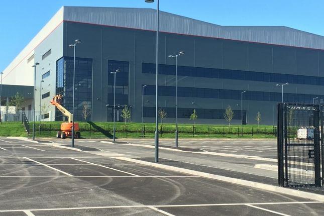 Business park to let in Balliol Close, Padiham, Burnley