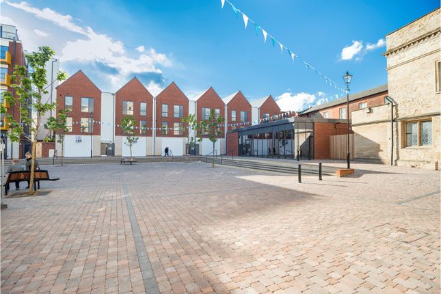 1 bed flat for sale in Merchant Place, Bedford