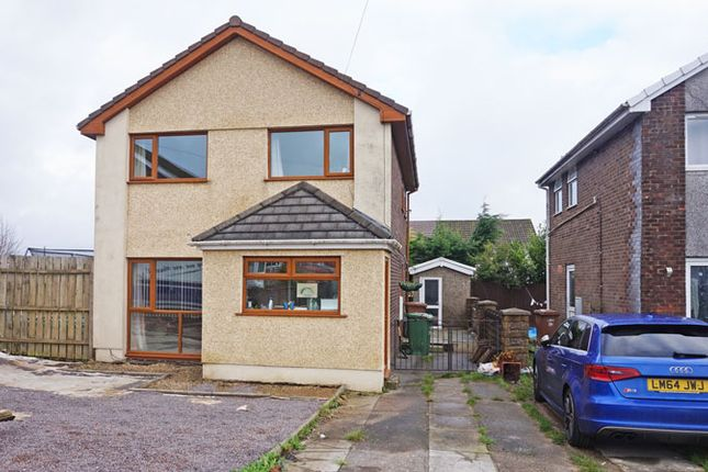 3 bed detached house for sale in Hengoed Hall Close, Cefn Hengoed, Hengoed CF82