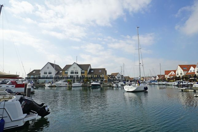 Thumbnail Town house to rent in Coverack Way, Port Solent, Portsmouth