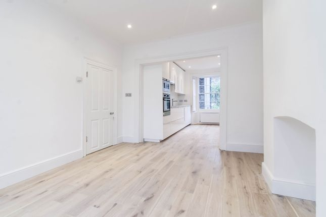 Thumbnail Maisonette to rent in Stonefield Street, London