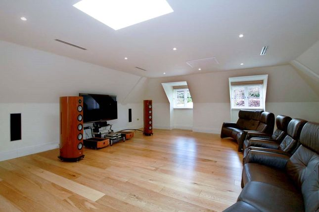Picture No. 17 of Shrubbs Hill Lane, Sunningdale, Ascot, Berkshire SL5